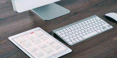 PC mit Kalender